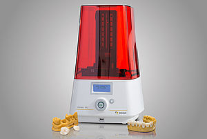BEGO presents its new compact DLP 3D printer Varseo XS – tailored for dental 3D printing